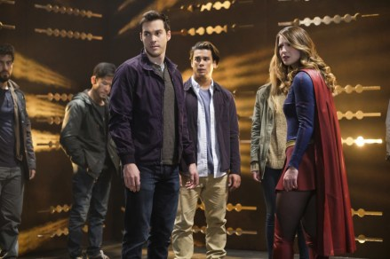 """Supergirl -- """"Supergirl Lives"""" -- SPG209b_0032.jpg -- Pictured: (L-R) Chris Wood as Mike/Mon-El and Melissa Benoist as Kara/Supergirl -- Photo: Robert Falconer/The CW -- © 2017 The CW Network, LLC. All Rights Reserved"""