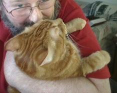"""Wuv"" my kitty!"