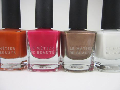 LMdBnails1 Le Métier de Beaute Nail Lacquer Review   including the summer 2012 shade Penny Lane