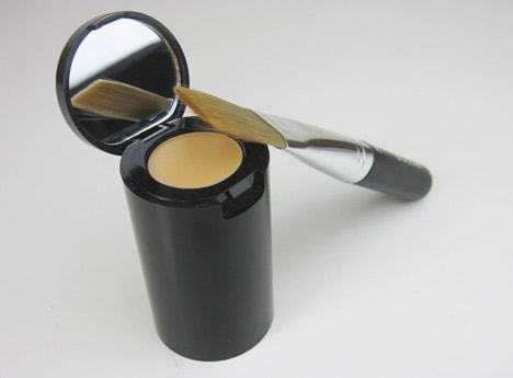 StilaAllDay5 Stila Stay All Day Foundation and Concealer review