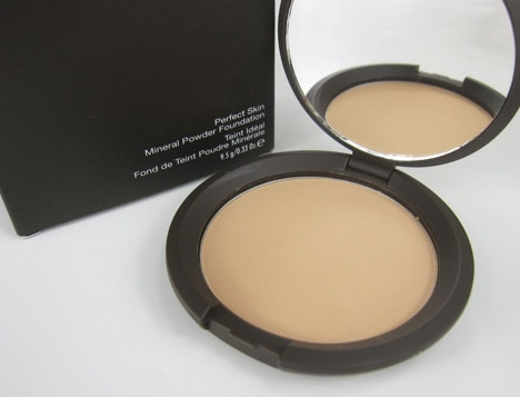BeccaMineral2 BECCA Perfect Skin Mineral Powder Foundation Review