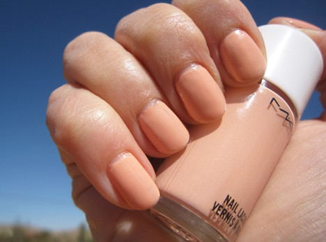 MACArchieNail5 MAC Archies Girls Nail Lacquers   review, photos & swatches