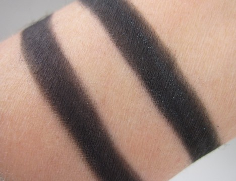 MACArchiePigment6 MAC Archie's Girls Pigments and Liners – review, photos, swatches & looks