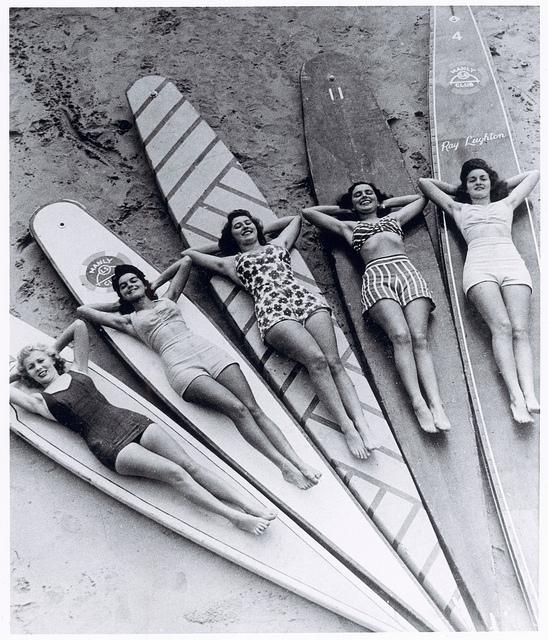 1940s swimwear surf girls