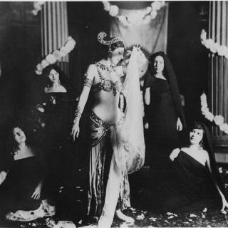 Mata Hari: from erotic dance to espionage