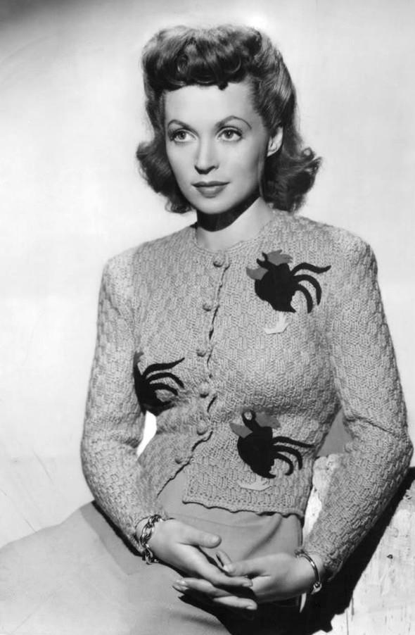 Lilli Palmer in a novelty jumper 1940s