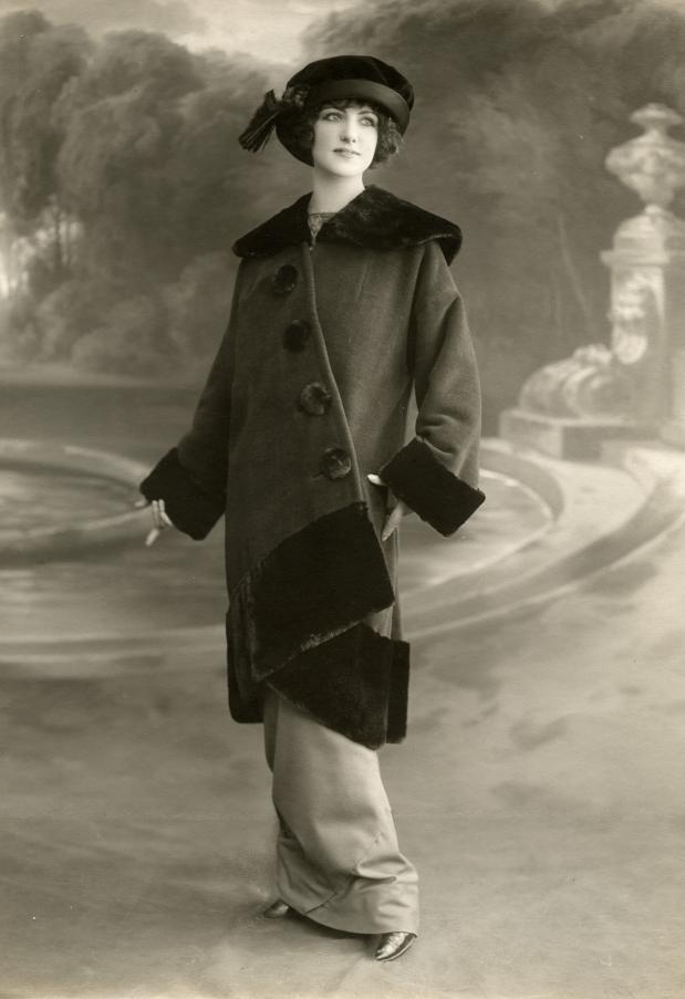 A very stylish outfit from 1912