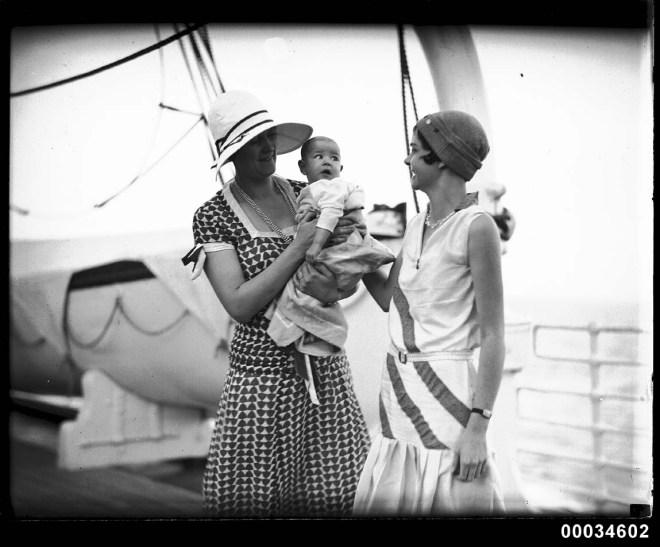 1930s cruise fashions