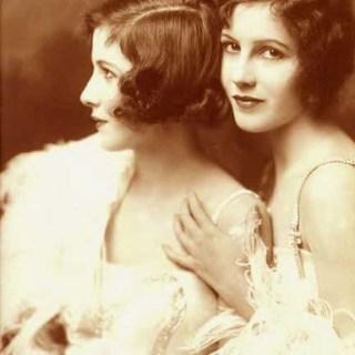 Ziegfeld Girls: the Fairbank Twins