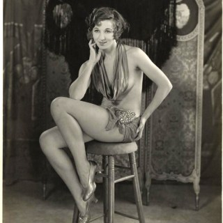 Fanny Brice pin up photo c.1915