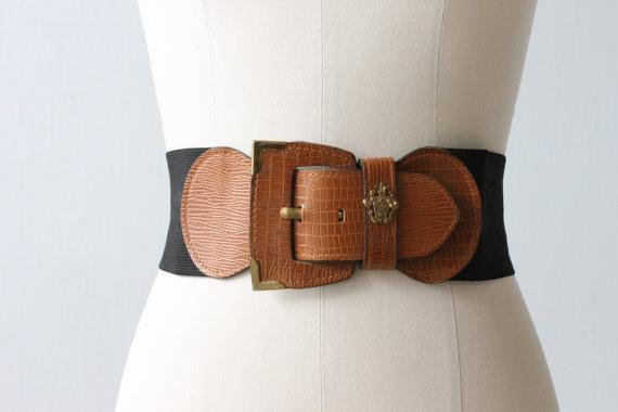 Wide vintage belt