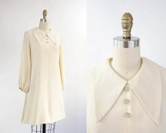 Vintage 1960s Mod Dress Ivory Medium