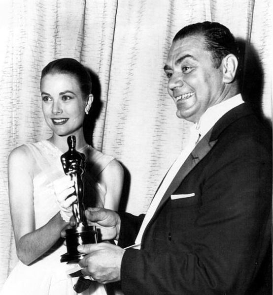 Grace Kelly and Ernest Borgnine Oscars