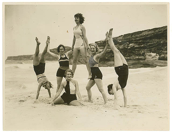 1930s photos: beach acrobatics