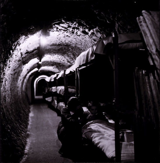 Blitzshelter in London WW2