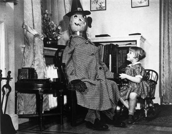 1930s Halloween Costume