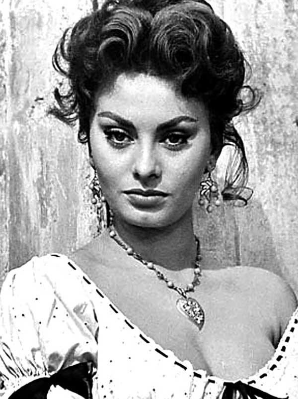Sophia_Loren_-_1955