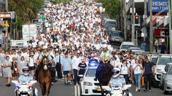 Sydney's White Ribbon Day walk this year