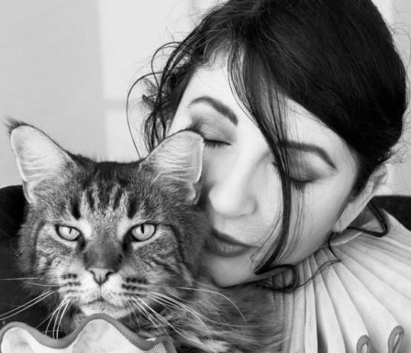 Kate Bush, Cat Bush