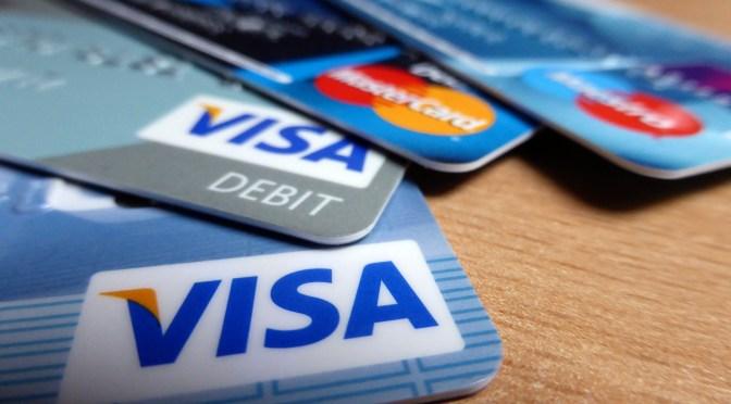 提供免費FICO信用分數的信用卡