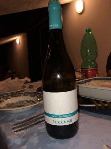 Weisswein aus Apulien . Fiano