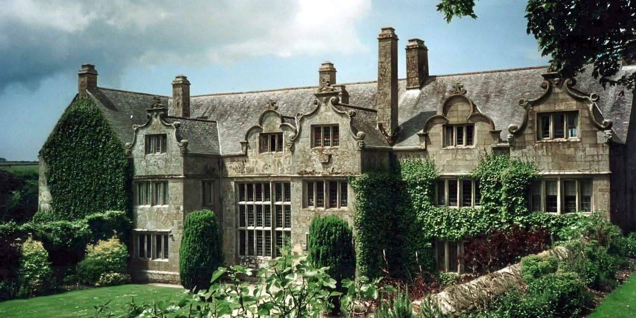 Haunted Manors of Cornwall