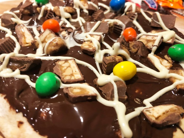 Halloween Candy Pizza