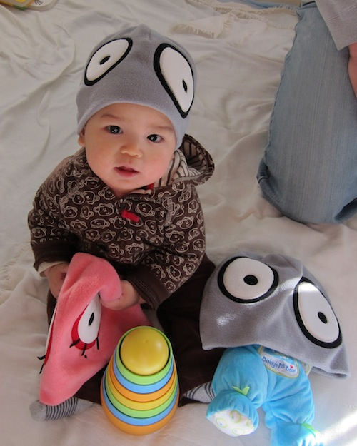 World of Goo - Beanies modelled by baby