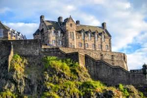 Edinburgh castle view of Hogwarts inspiration - Where did JK Rowling Write Harry Potter