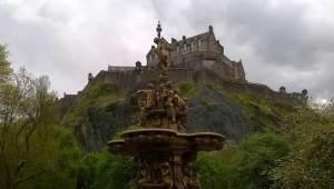 Hogwarts Edinburgh castle inspiration. Where did JK Rowling Write Harry Potter