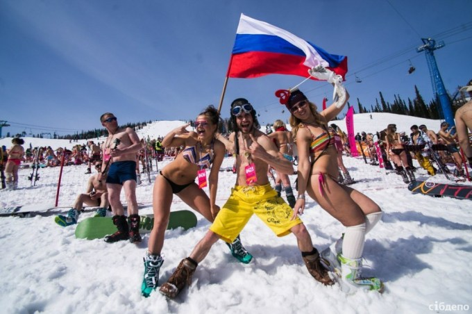 bikini_skiing_world_record7