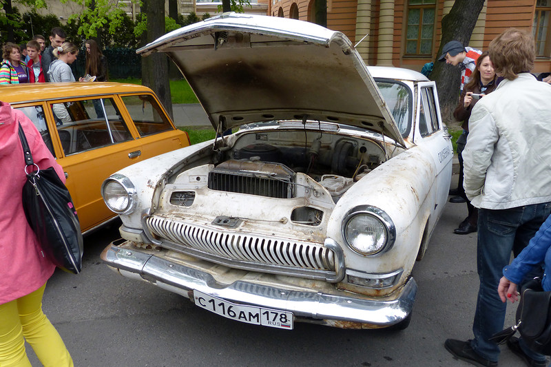 Government Volga (1962-1970) This one is not restored yet