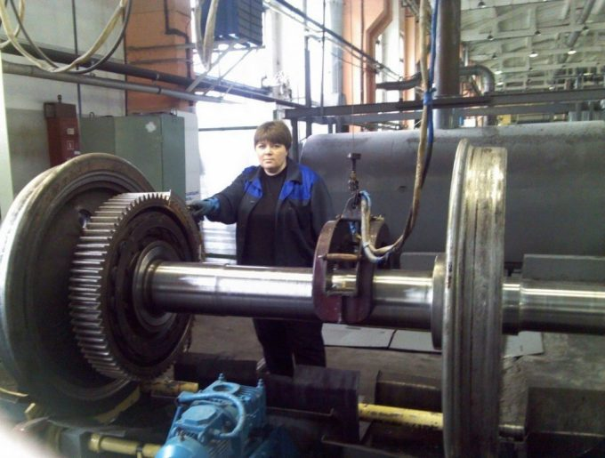 User Tanchobus works in manufacturing