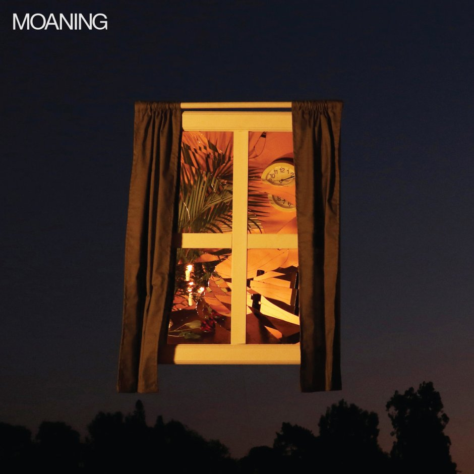 Moaning 1rst album