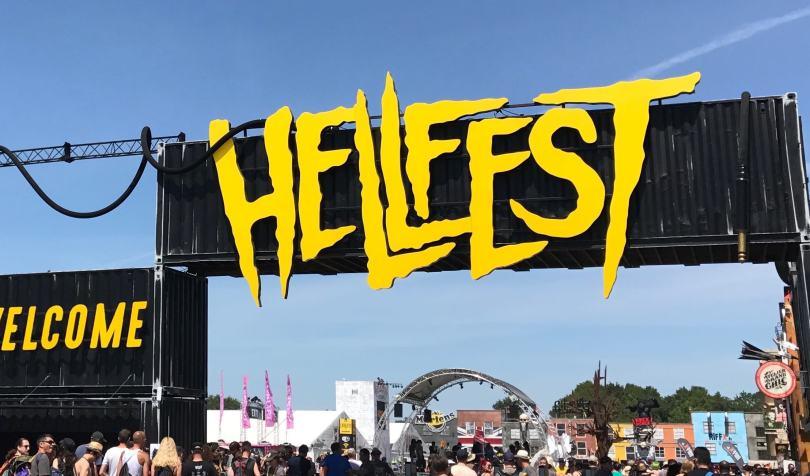 HELLFEST-2017-steel-panther-la-revue-y-2