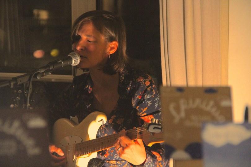 House-Concert chez Victoire Oberkampf. © : Victoire O.
