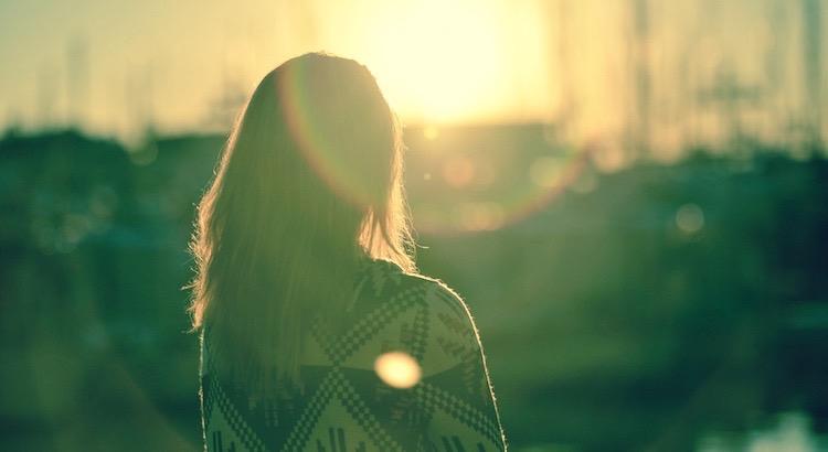 Lerne Denken mit dem Herzen, und lerne Fühlen mit dem Geist. - Theodor Fontane