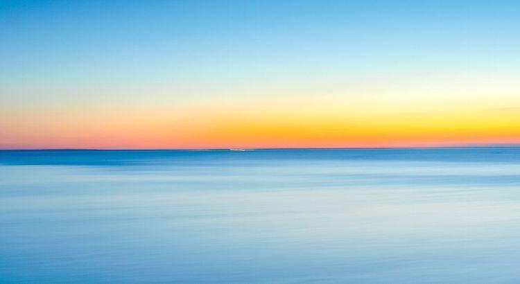 Es kommt ein Zeitpunkt im Leben, an dem du aufhören solltest ganze Ozeane für Menschen zu überqueren, die noch nicht mal über eine Pfütze für dich springen würden. - Unbekannt