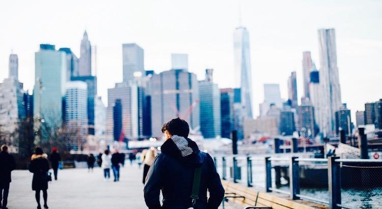 Wenn dir jemand sagt, etwas sei nicht möglich, ist es eine Reflektion seiner Grenzen, nicht deiner. - Unbekannt