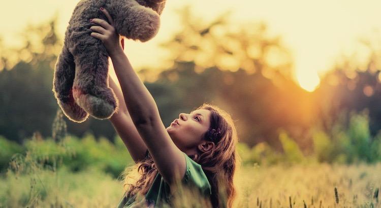 Glück ist wenn ... Was ist denn nun Glück? Wer kann es beschreiben? Esragül Schönast versucht es ...
