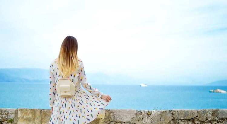 Sobalddu merkst, dass es nicht zählt, Anderen zu gefallen, sondern sich selbst zu lieben,wirst du es mit solch einem Selbstbewusstsein zu tun bekommen, dasdas Leben einfacher und viel schönermacht. - Esragül Schönast