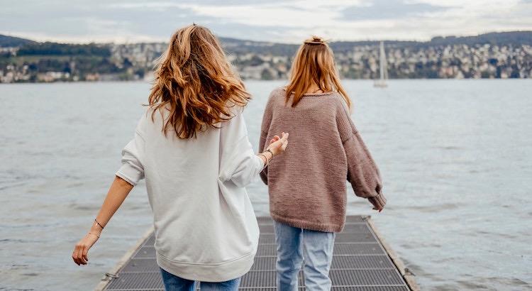 Gute Freunde helfen dir, wichtige Dinge wiederzufinden, wenn du sie verloren hast. Dein Lächeln, deine Hoffnung und deinen Mut. - Doe Zantamata