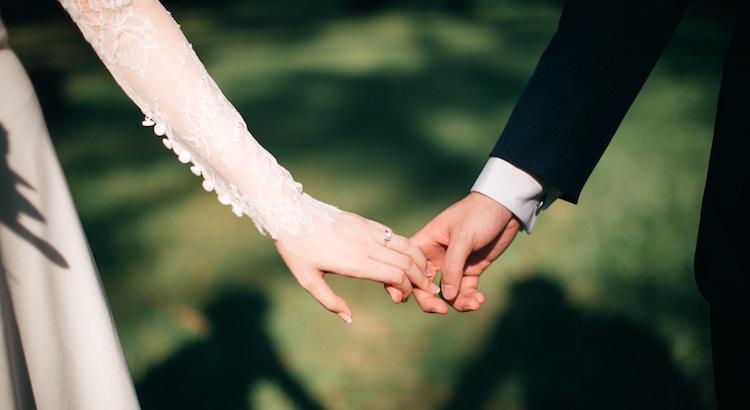 Liebe bedeutet nicht, dass es immer einfach ist, sondern dass es die Mühe wert ist.