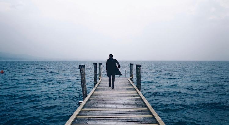 Es ist dein Weg, manche können ihn mit dir gehen, aber niemand kann ihn für dich gehen. - Mevlana Dschelaluddin Rumi