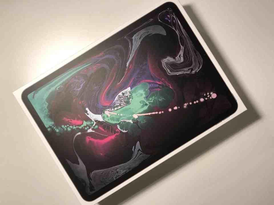 Unboxing iPad Pro 2