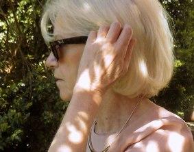 roseblusebrille.jpg