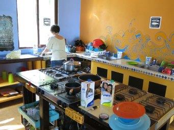 Nina in der Küche :-)