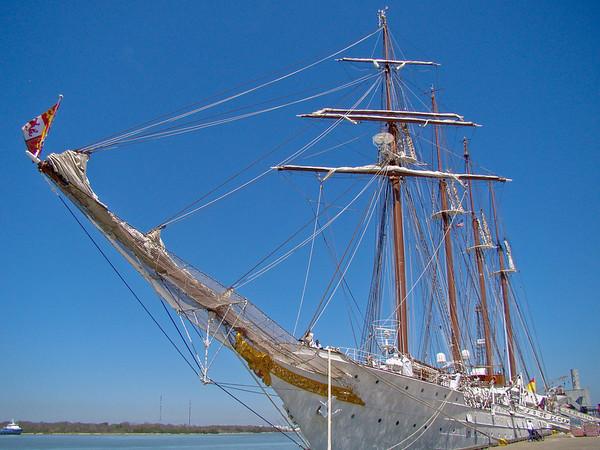 J S de Elcano in Galveston Harbor