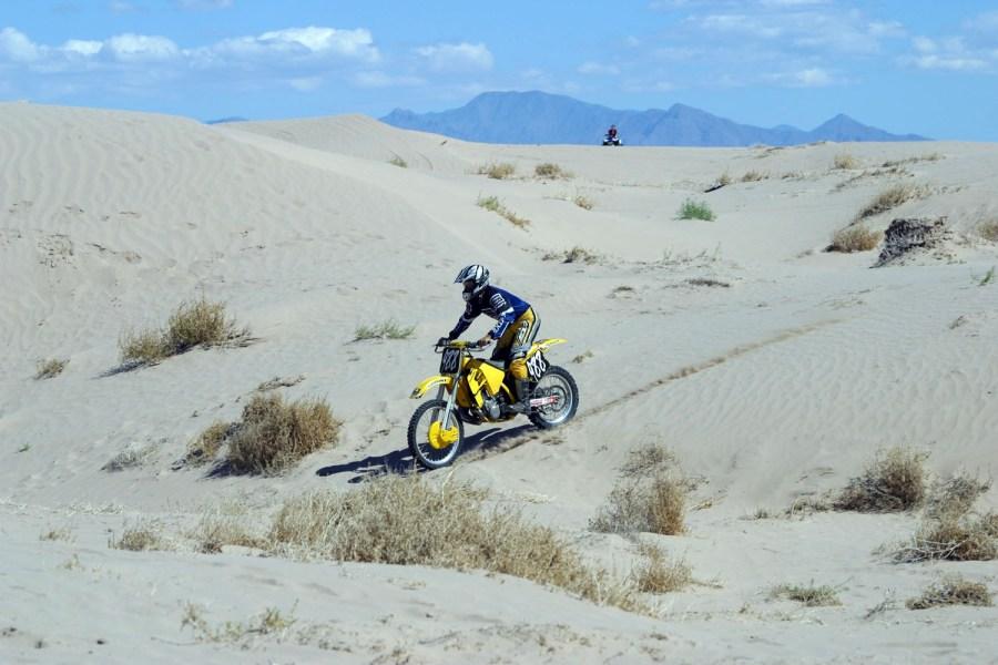 Motociclismo-en-Dunas-de-Bilvao.-Viesca-Coah.