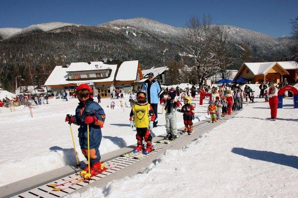 Детская лыжная школа Краньска Гора Словения